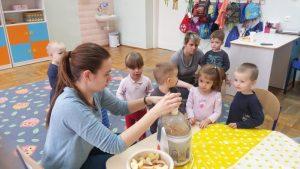 Dzień owoców i soków u 2-3 latków